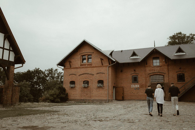 stodoła folwarku w wąsowie